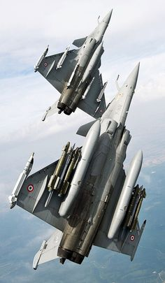 Rafale Mirage AASM Precision-Guided Bombs on Flight. Military Jets, Military Weapons, Military Aircraft, Fighter Aircraft, Fighter Jets, Marcel Dassault, Mirage F1, Rafale Dassault, Photo Avion