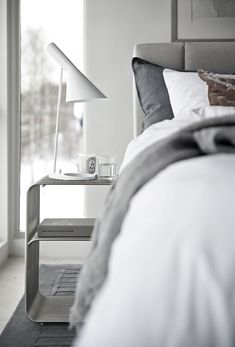 Creative All White Master Bedroom Decorating Ideas Cosy Bedroom, White Bedroom, Master Bedroom, Bedroom Decor, Table Lamps For Bedroom, Awesome Bedrooms, White Bedding, All White, Inspiration
