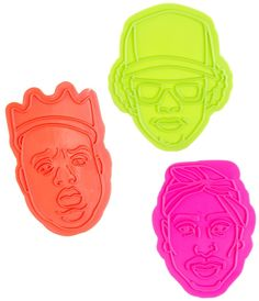 BAKING WITH MY HOMIES COOKIE CUTTERS I love it when you bake me big cookies! Wave your hands in the air for these true players...in cookie cutter form! A little Easy E, Tupac, and Biggie Smalls never hurt no one. Bake up some cookies and relive the golden days of rap with these lyrical masterminds! $10.00 #housewares #baking #cookies #rapper #biggiesmalls #easye #tupac Tupac And Biggie, Things I Need To Buy, Big Cookie, Retro Tattoos, Hands In The Air, Biggie Smalls, Gift List, Cool Gadgets, Fun Projects