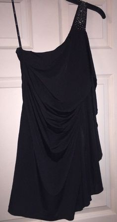Nice Great Junior's Forever 21 Size Medium One Shoulder Little Black Dress 2017 2018 Check more at http://fashion-look.top/gallery/great-juniors-forever-21-size-medium-one-shoulder-little-black-dress-2017-2018/
