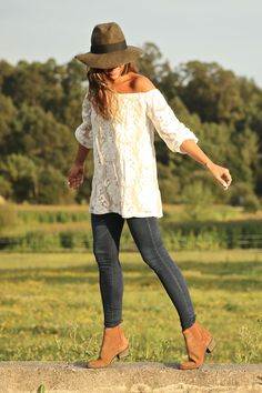 Casual autumn #look! Perfect style for our Talega #field