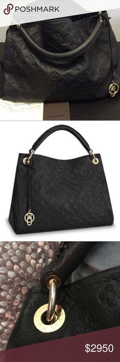 af41c3e442cf0f Louis Vuitton artsy bag Louis Vuitton 100% authentic black leather artsy bag.  Excellent condition