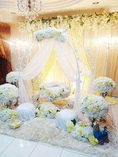 Struggling for ideas for the baby naming ceremony decoration? Remarkable cradle ceremony decoration & themes to make your little one's day memorable. Naming Ceremony Decoration, Ceremony Decorations, Baby Shower Decorations, Flower Decorations, Cradle Decoration, Cradle Ceremony, Janmashtami Decoration, Unity Ceremony, Baby Shower Princess