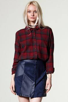 Jun Block Leather Skirt Discover the latest fashion trends online at storets.com