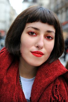 How to Pull off: Red Eye Shadow | tongue in chic