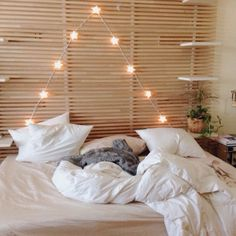 The pallet style headboard - creative