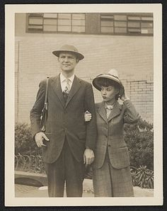 Citation: Robert Motherwell and Maria Ferreira at LaGuardia Airport, 1943 May / unidentified photographer. Joseph Cornell papers, Archives of American Art, Smithsonian Institution.