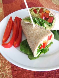 Baking, domesticity, and all things mini: Fast Friday: Smashed avocado and chick pea wrap Clean Eating Diet, Clean Eating Recipes, Healthy Eating, Cooking Recipes, Paninis, Veggie Recipes, Vegetarian Recipes, Healthy Recipes, Vegetarian Chili