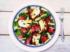 HALLOUMI & SPICY CHICKPEAS SALAD