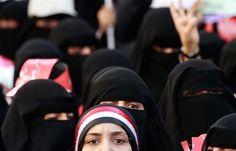 اخبار اليمن العربي: المرأة تهان في سجون المليشيا بعد تسريب صور تكشف حجم الجريمة