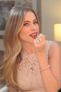 This Is the Exact CoverGirl Lipstick Sofia Vergara Will Be Wearing at Her Wedding