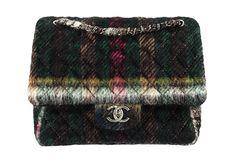 tartan embellished flap purse from the chanel pre-fall edinburgh collection Clutch Purse, Coin Purse, Chanel Clutch, Celine, Olympia Le Tan, Best Handbags, Chanel Paris, Little Bag, Tartan Plaid