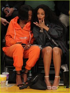 Rihanna sits court side while cheering on the Los Angeles Lakers vs the Cleveland Cavalivers on Thursday evening (January 15) at the Staples Center in Los Angeles.