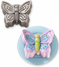 Butterfly Cake Pan Decorating Ideas : 1000+ images about Cake Pans on Pinterest Cake pans ...