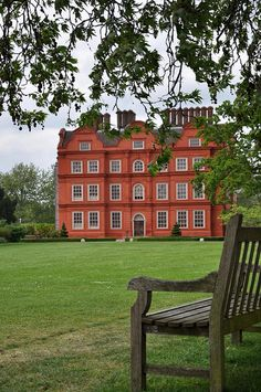 Kew Palace is a British royal palace in Kew Gardens ~ on the Thames River near London, England ✿⊱╮ England And Scotland, England Uk, London England, English Countryside, English Manor, Villas, Royal Residence, Great Britain, Places To Go