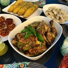 #Humpday dinner was grilled chicken with lemon basil dressing, pierogies, grilled corn and peaches. Have a nice night! #weberfun @zimmysnook