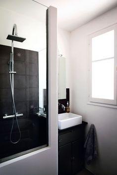 Une salle de bains un rien rétro