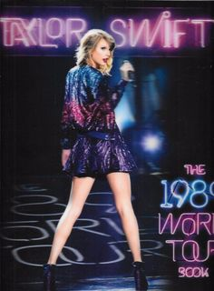 Taylor Swift The 1989 World Tour Book Hologram Covers Paperback Souvenir
