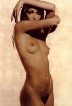 Bruni Sarkozy Nude 7
