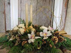 Christmas classic, #bloomful, #Christmas, #tablecenter, #arrangement