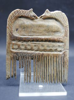 RARE ANCIENT ROMAN OX CARVED ZOOMORPHIC HAIR COMB 1ST-3RD CENTURY AD