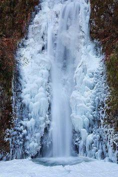 Frozen Multnoma Falls, Columbia River Gorge, Oregon