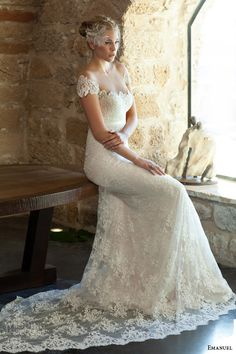 Emanuel 2015 Wedding Dresses | Wedding Inspirasi #wedding #weddings #bridal #weddingdress #weddinggown