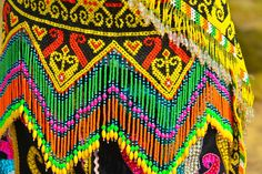 Isen Mulang Festival - central Kalimantanan Orangutan, Borneo, Loom Beading, Cross Stitch Designs, Bead Weaving, African, Belt, Inspired, Inspiration