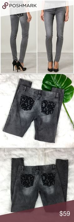 Michael Kors Grey Lace Pocket Skinny Jeans Michael Kors Grey Lace Pocket Skinny Jeans. Size 4 with 30' inseam and 8' rise. Pre-owned condition with no major flaws. ❌I do not Trade 🙅🏻 Or model💲 Posh Transactions ONLY Michael Kors Jeans Skinny