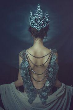 "darkbeautymag: "" ""Amphitrite"" — Photographer: Jiamin Zhu JaJasgarden @jajasgarden Crown/Jewelry: Namiko Abloom Hair: Matt Lawrence Makeup: Liz Kiss Model: Michelle Green """