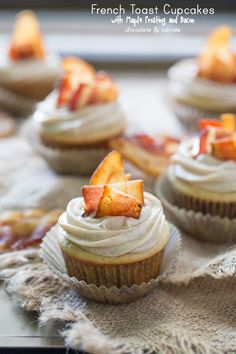 French Toast Cupcakes with Maple Frosting and Bacon