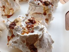 Italian Meringues topped with freshly made praline