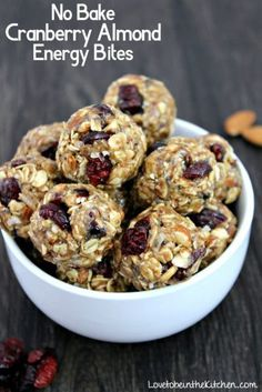 No Bake Cranberry Almond Energy Bites- A delicious energy-boosting snack! Filled with healthy ingredients like chopped almonds, oats, flax seed, craisins and more! No Bake Energy Bites are one of the Protein Snacks, Protein Bites, Energy Snacks, Healthy Snacks, Protein Power Balls Recipe, Protein Ball, Protein Recipes, Energy Cookie Recipe, Healthy Herbs