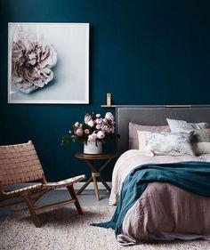 12 colores con los que combinar (y muy bien) el azul marino en decoración