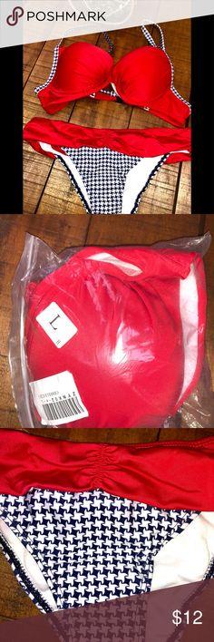Red, White & Blue Bikini, still in package Red, White & Blue Bikini; padded top. I would say this is a B-C cup & a medium bottom. Sexy bottom. Swim Bikinis