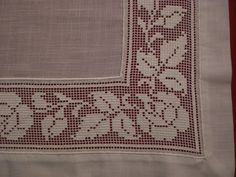 Seril Çeyiz: İsviçre ketenine işlenmiş Antep işi yatak odası takımı Hardanger Embroidery, Embroidery Patterns, Cross Stitch Embroidery, Fillet Crochet, Darning, Cutwork, Doilies, Drawn Thread, Bobbin Lace