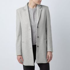 The Moninca Coat is a must this season! We have created a modern streamlined silhouette in luxurious light grey melange Melton quality that is perfect to transition you into the new season. Layer the Moninca coat for a day in the city or team with denim and pumps for a more casual look #moninca #coat #transitional #aw16 #womenswear #henrilloyd