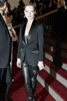 Kate Moss Style, Hair & Fashion – Vogue Cover (Vogue.com UK)