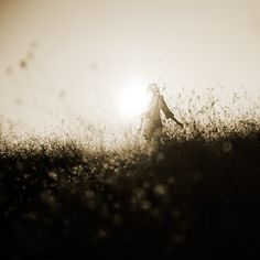 ∮ Oh soul. You worry too much. You have seen your own strength. You have seen your own beauty. You have seen your golden wings. Of anything less, why do you worry? You are, in truth, the soul of the soul of the soul. — Rumi ∮ (via eelifedesign / photo: Ebru Sidar)
