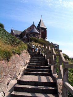 Destinations, Saint Martin, Camper, Medieval, Places To Visit, Sidewalk, Bathing Beauties, France Travel, Pathways