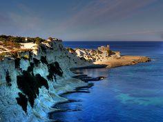 St.Thomas Bay, Malta