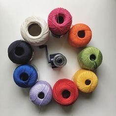 some colors into this gray/rainy day??? Done!    un po' di colore in questa giornata grigia e piovosa?? Fatto!   #instadaily #instalover #crochet #tricot