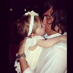 """Someone loves her daddy :)"" Kellin & Cope <3"