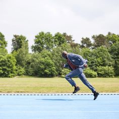 On your marks. Get set. Spring Summer 2016, The Incredibles, Mens Fashion, Baseball Cards, Suits, Instagram Posts, Photography, Black Tie, Blue Green