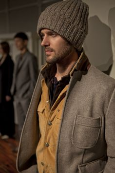 Billy Reid F/W 2012 >> I need a big wooly hat like this.