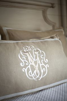 Linen accent pillows in bedroom. Love the monogram! Monogram Design, Monogram Fonts, Monogram Shop, Embroidery Monogram, Embroidery Designs, Monogram Bedding, Linens And Lace, Fine Linens, Handmade Home Decor