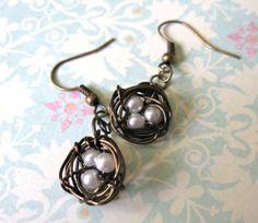 Antiqued Brass Nest Wire Earrings by Missbluebirdandoscar on Etsy, $9.00