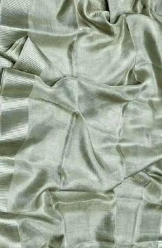 Nalli Silk Sarees, Silk Saree Kanchipuram, Kanjivaram Sarees, Saree Blouse Neck Designs, Sari Dress, Saree Trends, Stylish Sarees, Elegant Saree, Buy Sarees Online