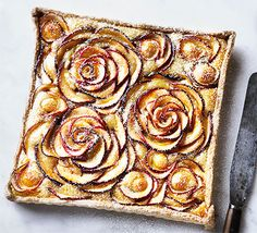 An elegant apple and marzipan dessert with a pretty floral design that tastes as good as it looks. Serve it warm or cool, with a scoop of crème fraîche or vanilla ice cream (Cool Desserts Vanilla) Apple Rose Tart, Apple Roses, Apple Pie, Tart Recipes, Dessert Recipes, Apple Recipes, Elegante Desserts, Bbc Good Food Recipes, Cooking Recipes