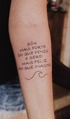 The 120 Best Tattoos Written for You to Get Inspired! Mini Tattoos, Top Tattoos, Frases Para Tattoo, Lettering Tutorial, Tattoo Inspiration, Tattoos For Women, Tattoo Quotes, Body Art, Tattoo Designs